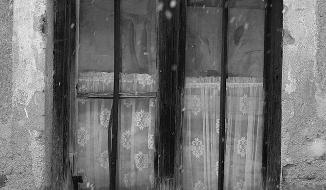 Verlassenes Haus im Winter | Nikon D5300